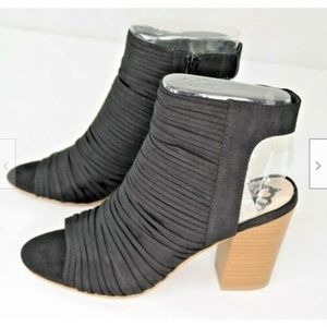 Fergalicious by Fergie Jymboree Ankle Booties 7.5